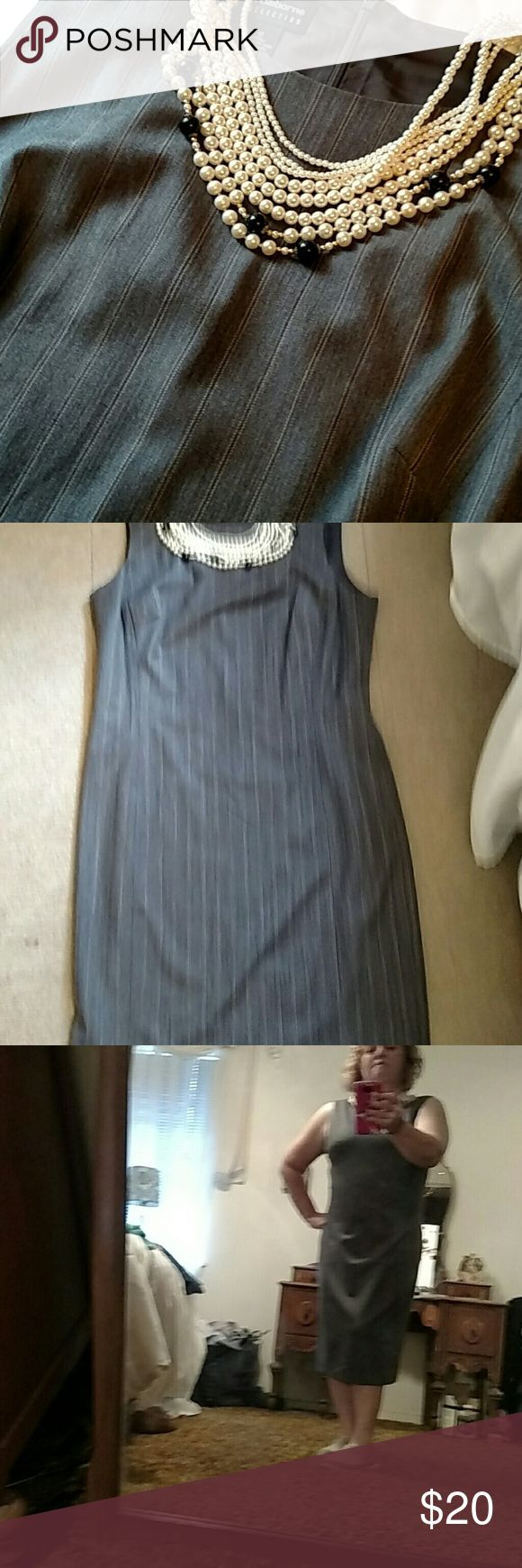 New Listing  💖 Great for the boardroom To the classroom.....Grey fitted jumper Liz Claiborne Dresses Maxi