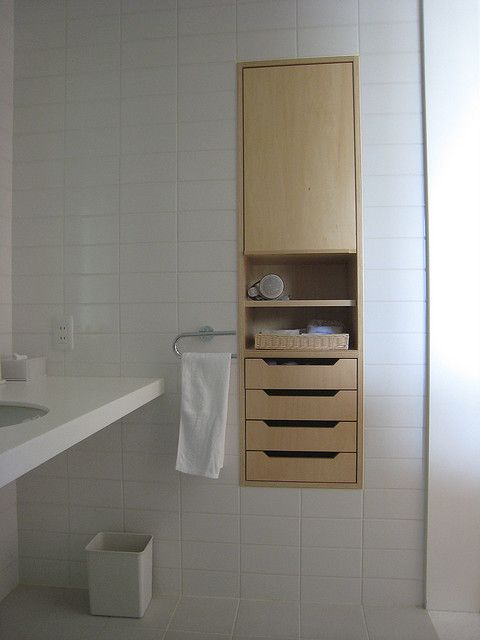 Bathroom - recessed built-in drawers that tuck away *nice details + proportions*