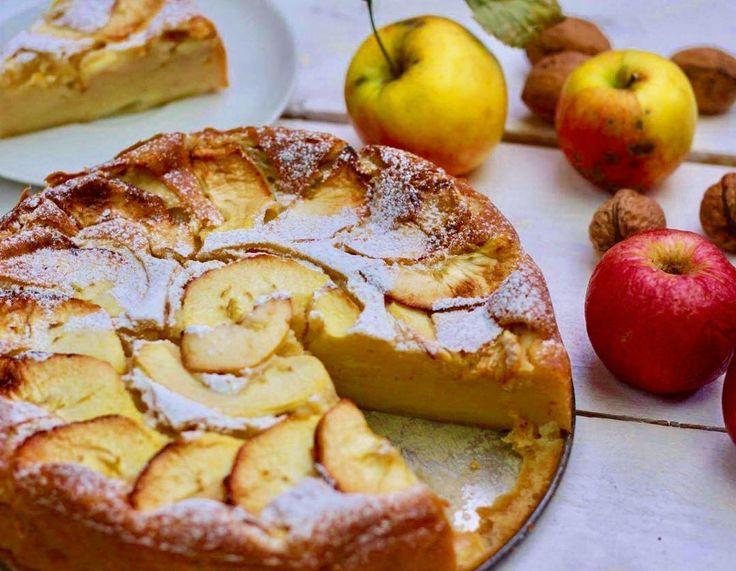 Jablecny dortik s mascarpone  Recept ceka na varme.cz  #jablecnydort #applepie #dort #cake #pie #apples #jablka #podzim #autumn #karamel #caramel #skorice #cinnamon #mascarpone #dessert #food #mnam#loveit #varmecz