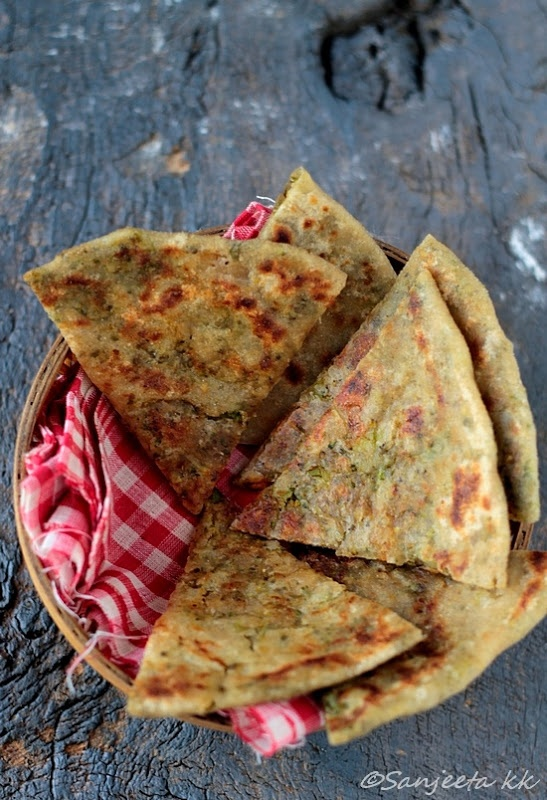 brocolli & lentils indian flat bread - whoa! Never seen this before. Can't wait to try it!