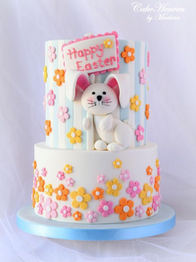 For this year's Easter Cake, I moved away from a green which has been a very predominant colour in my Easter Cakes these last couple of years. Instead, I opted for a lighter colour palette of white and light blue with a touch of yellow, pink and...