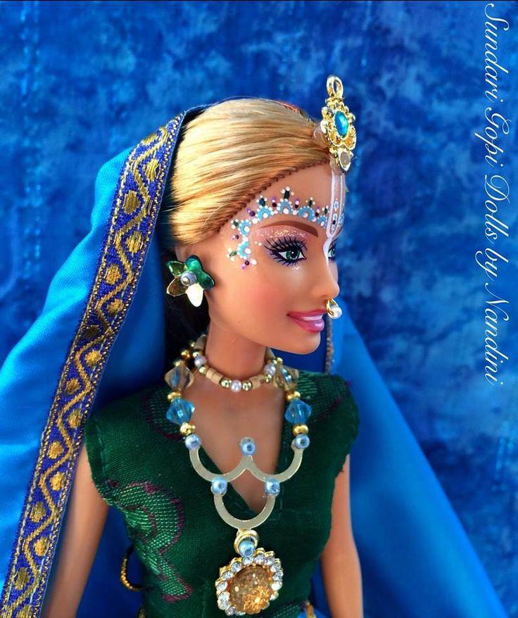 https://flic.kr/p/SFmVR5   UFACHITA   Sundari Gopi Dolls