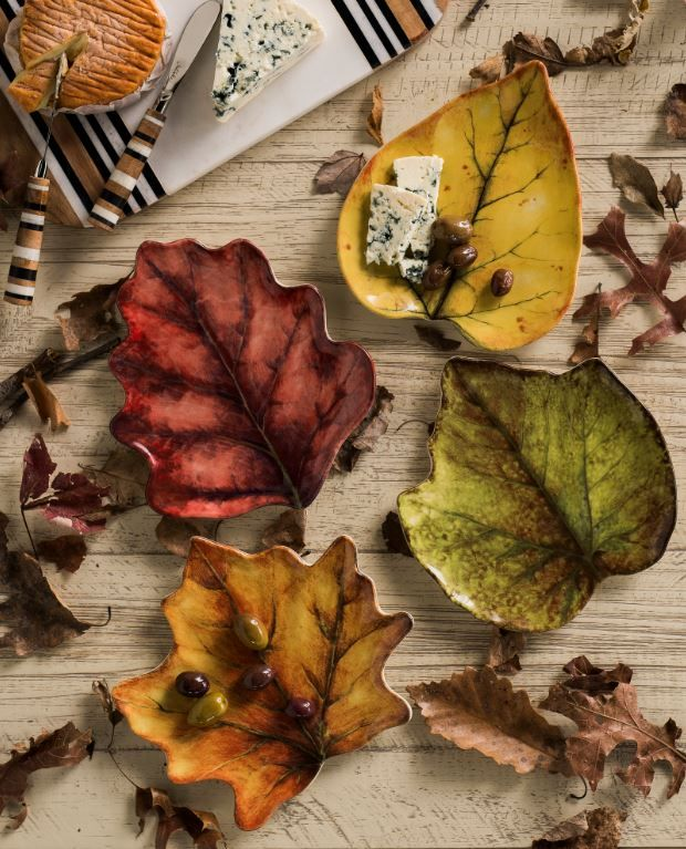 Take a cue from nature - embrace autumn & scatter your table with falling leaves in the season's loveliest hues! Shop our Forest Walk collection now.