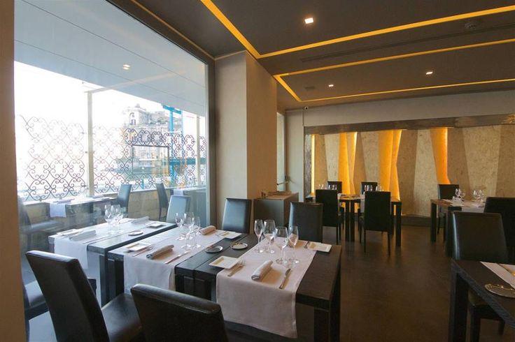La sala conserva lo stesso tono minimal , per esaltare l'esperienza gastronomica di #PalazzoPetrucci con la creatività dello #chef #LinoScarallo
