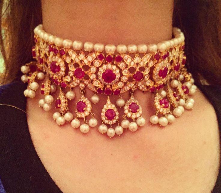 """Ruby Pearl choker set in 22 carat gold"