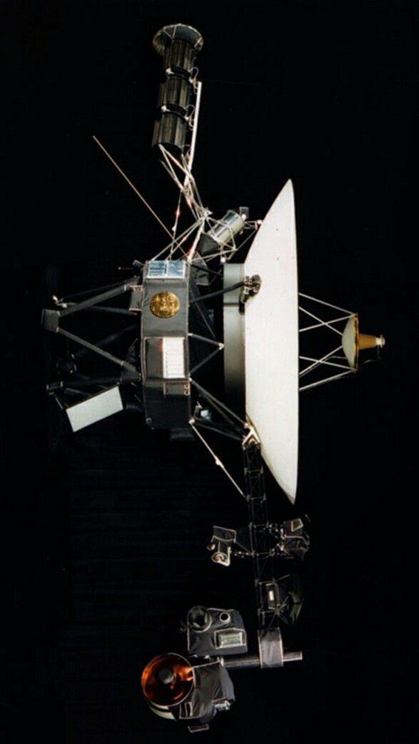Voyager 2. Lançada do Cabo Canaveral, na Flórida, em 20 de agosto de 1977...