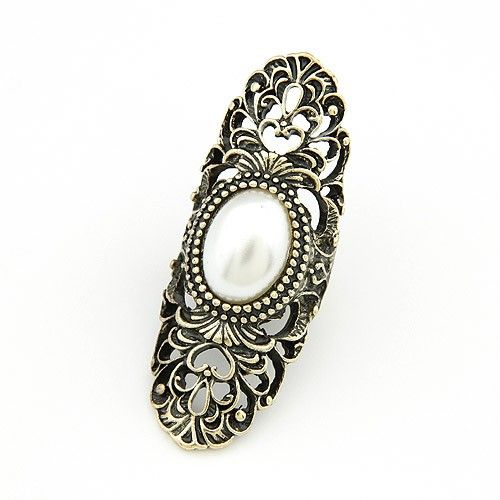 Artificial Pearl Embedded Vintage Hollow Floral Design Alloy Ring