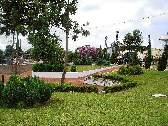 Praça Ângelo Darolt. 20039.jpg (640×480)