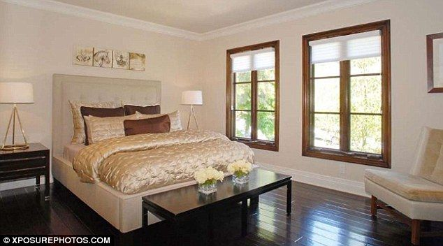 kim kardashian old home | Kim Kardashian's $4.8million mansion pictured for the first time ...
