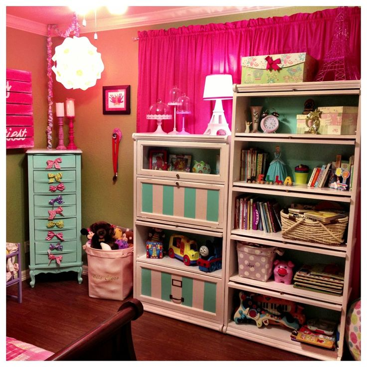 25+ Great Ideas About Bookcase Redo On Pinterest
