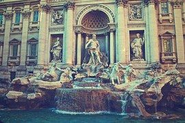 Fuente De Trevi, Roma, Italia