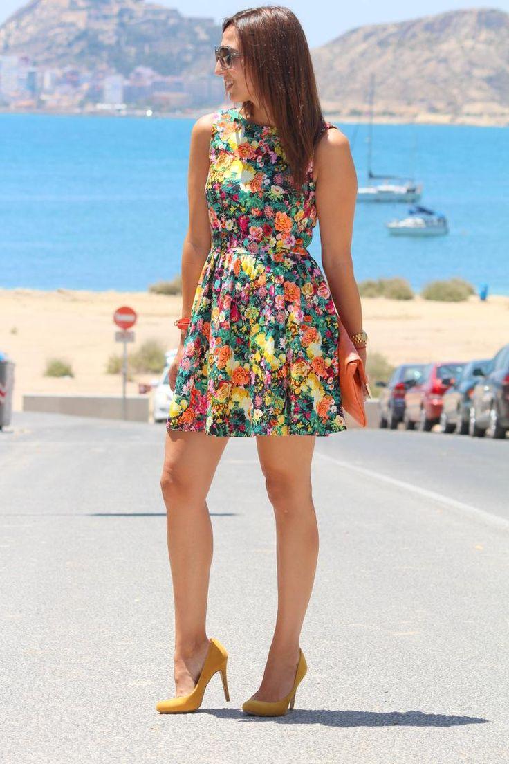 ¡10 #outfits #floreados que te encantarán! | #Moda Mckela
