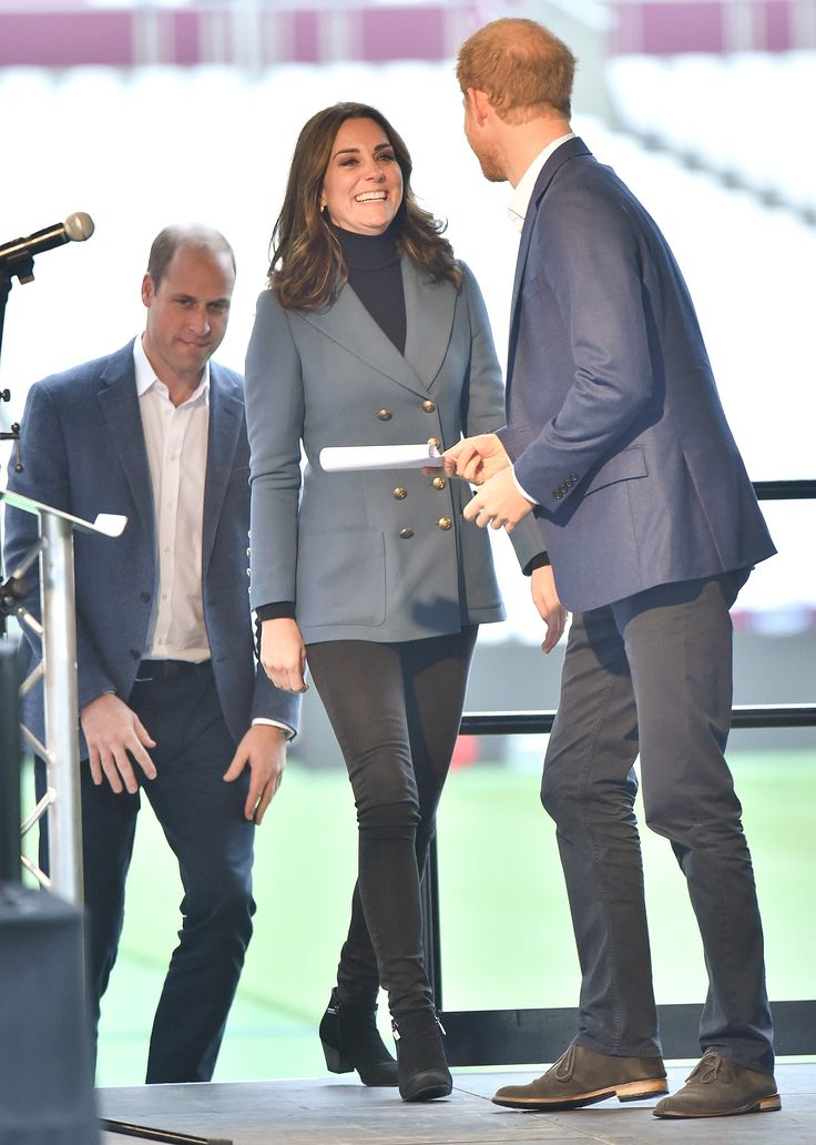 Pregnant Kate Middleton Makes Her Second Surprise Appearance of the Week, October 2017