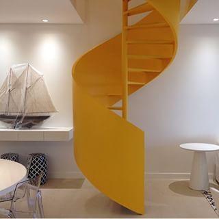 escada helicoidal branca - Pesquisa Google