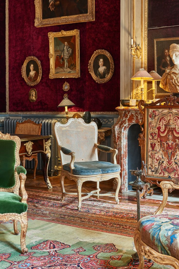 Private residence of interior designers Joseph Achkar & Michel Charriere in Paris. Quentin Moyse - Photographer.