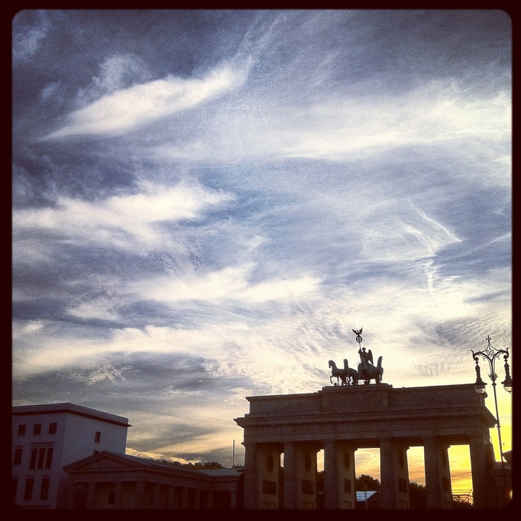 #Berlin #Brandenburg Gate...One of the most well-known landmarks of Berlin and #Germany, it's a #neoclassical triumphal #arch rebuilt in the late 18th century.