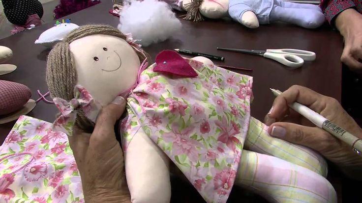 Nos artesanatos, Vanda Marconi ensina a fazer a boneca de pano Thaty Apresentação: Tatiane Camargo