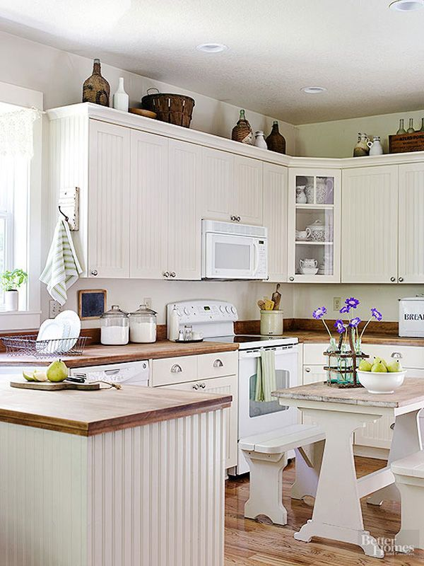 Best 10 Stylish Ideas For Decorating Above Kitchen Cabinets 400 x 300