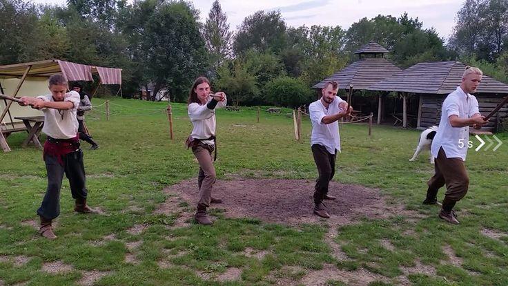 Wioska Fantasy - trening ;)