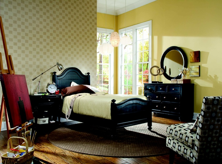 BLACK WOOD BEDROOM SUITE #furniture