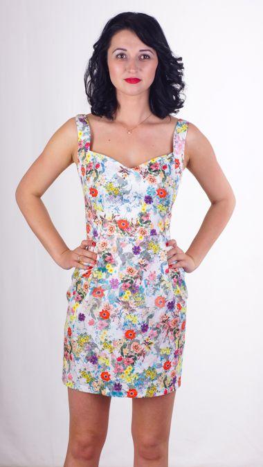 Стильное котоновое платье. Идеальная посадка. Модный крой.