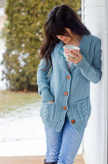 Fezziwig cardigan - free knitting pattern for shawl collar cardigan