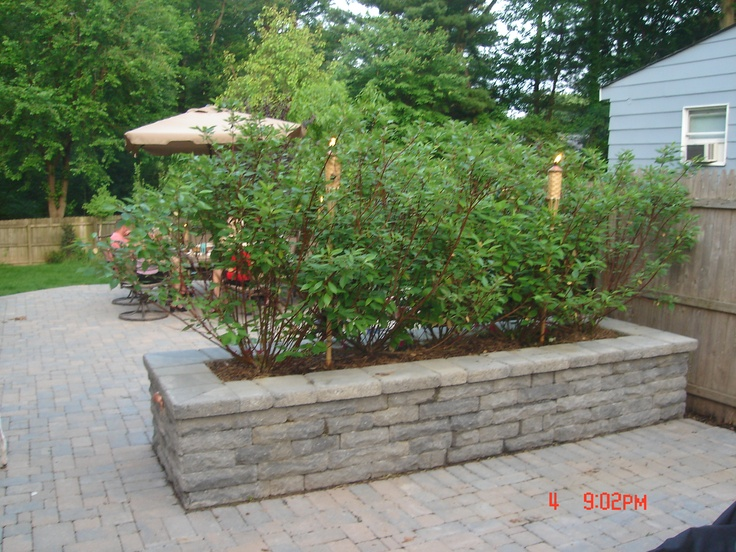 Top 10 ideas about planter boxes beds on pinterest for Yard planter ideas