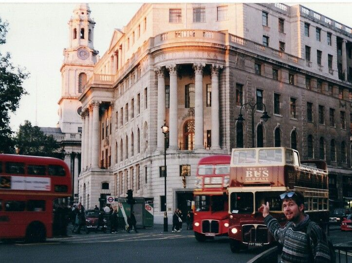 South Africa House, Trafalgar Sq, London 1997.  (LW20)