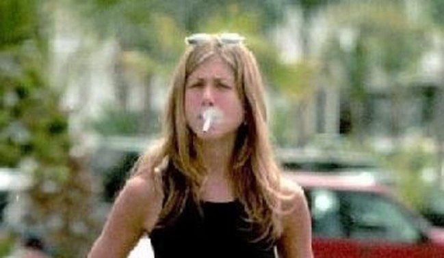 Celebrity Smokers. Stars Who Can't Stop Smoking