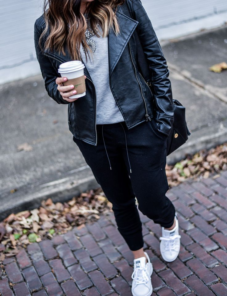Houston blogger and writer of the style blog Flaunt and Center wearing Free People joggers and Stan Smith sneakers   Women's fashion