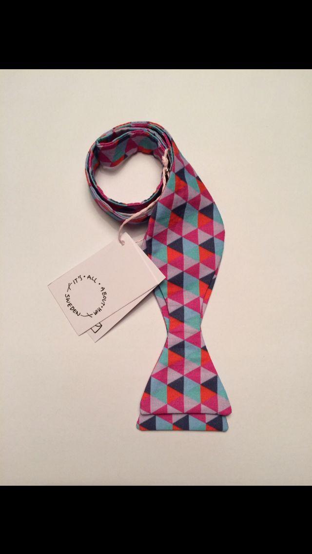 STYLE: SIMON  100% COTTON. Handmade in Sweden.  #bowtie #stylesimon #itsallabouthim