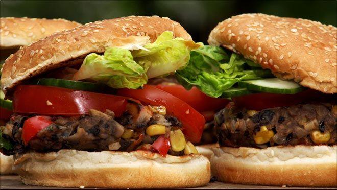Vegaburgers - Eten in de Tuin | 24Kitchen
