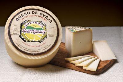 Queso de oveja de leche cruda. semicurado Montequeso Valladolid