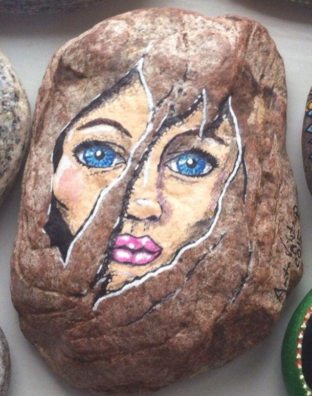 Malet ansigt af Anita Vejlstrup