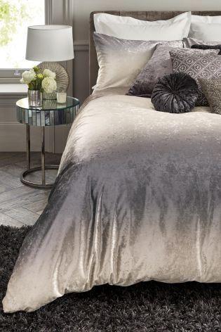 Best 20 Ombre Bedding Ideas On Pinterest Grey Duvet