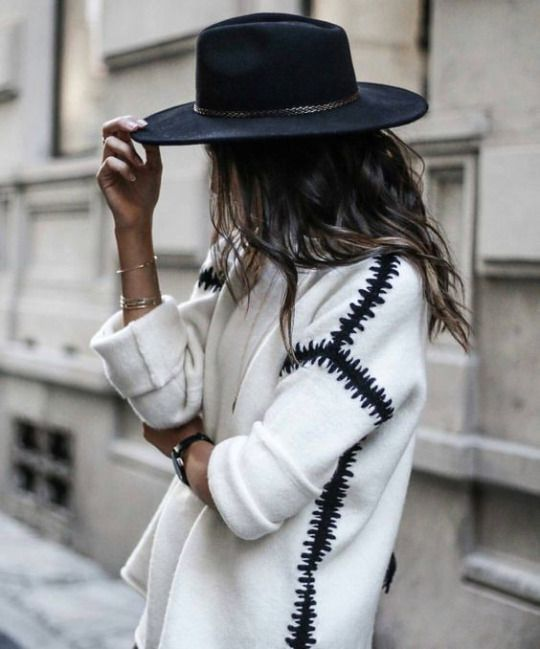 Fedora and chunky knit jumper   winter fashion   winter style   winter outfit  streetstyle