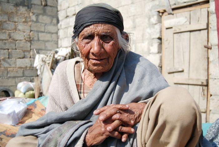 essay on poverty in pakistan pdf