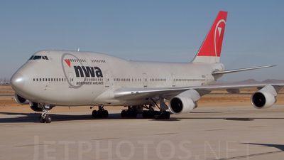 Photo of N663US - Boeing 747-451 - Northwest Airlines