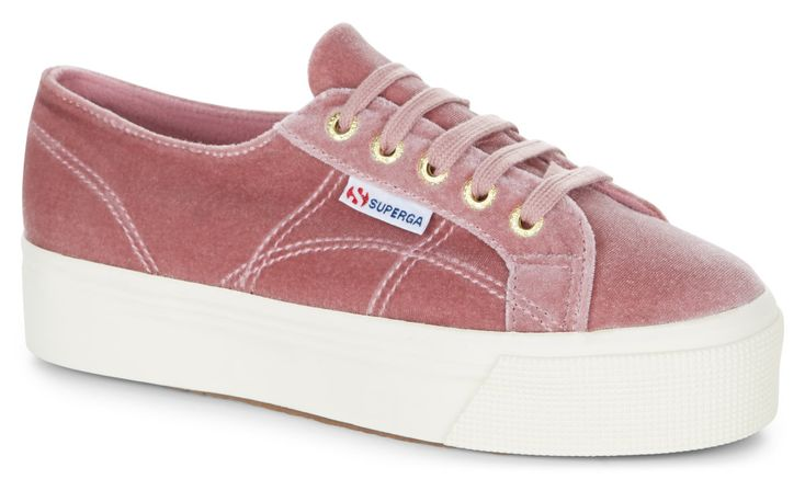 Superga 2790 Velvetw Dusty Rose | Our Classic Superga 2750 gets remastered! The 2790 flatform is a cross between our classic tennis shoe shape, and a platform shoe, featuring a chunky vulcanised rubber sole for extra height. Keep the comfort and take your outfit to new heights in our much-loved flatforms.