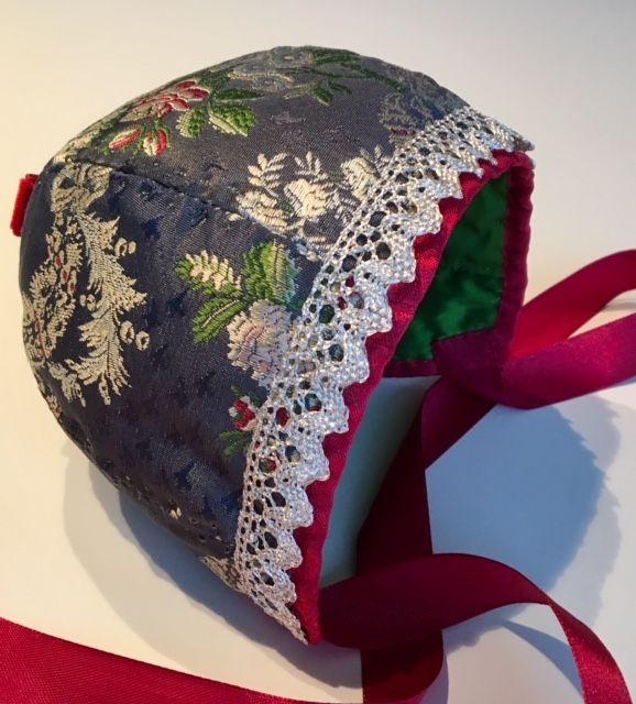Christening Bonnet, silk (for a boy)