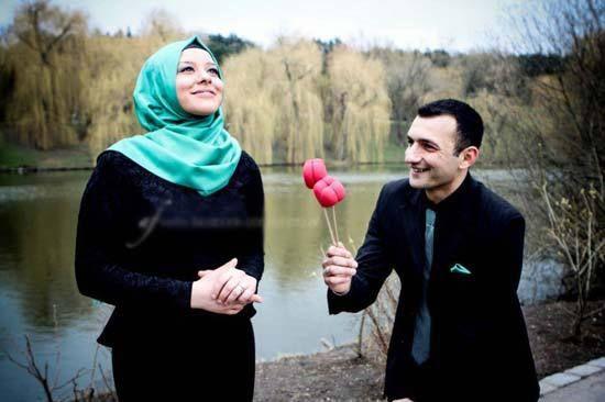 Cute and Romantic Muslim Couple