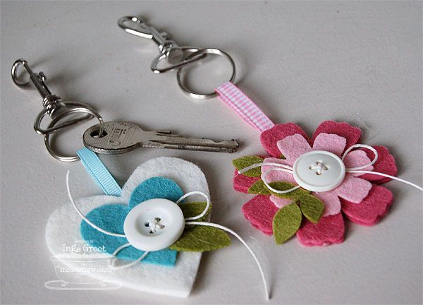 Felt Keychains by **Inge** - Cards and Paper Crafts at Splitcoaststampers                                                                                                                                                                                 Mais