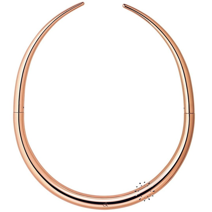 Κολιέ Born από επιχρυσωμένο ροζ ανοξείδωτο ατσάλι της CK  149€  http://www.kosmima.gr/product_info.php?manufacturers_id=13_id=17921