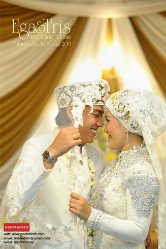 Foto Portrait Ega+Tris Wedding Photography di Palangkaraya Kalimantan Tengah Indonesia, http://wedding.poetrafoto.com/fotografer-wedding-yogyakarta_9