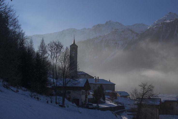 C'est aussi ça @PeiseyVallandry : des villages blottis dans la montagne au lever du soleil. #Authentique + #sportif