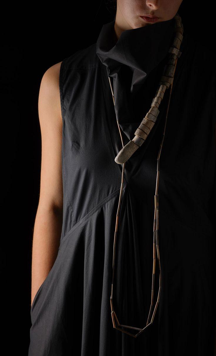 Linda van Niekerk Neckpiece: Serpent Hug Adrift, 2016 Tasmanian Wilderness Driftwood, oxidized sterling silver, silk Photo by: Peter Whyte © By the author. Read Klimt02.net Copyright.