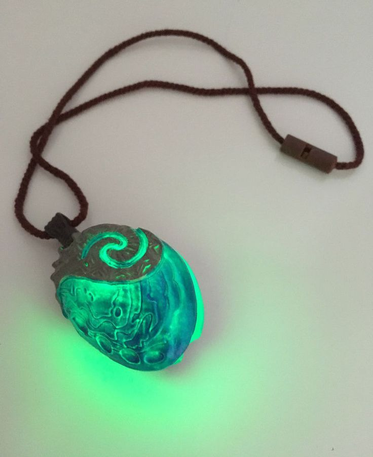 "Seashell Necklace from Disney Moana Singing Doll 12"" Disney Store #DisneyStore #DollswithClothingAccessories Plus"