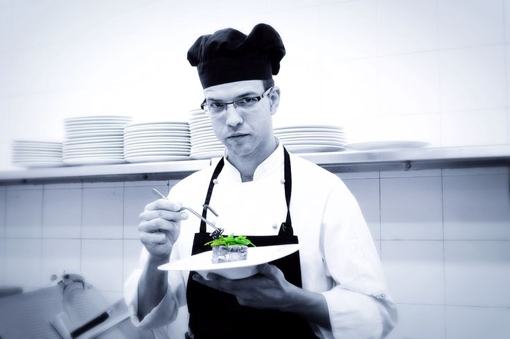 Ximo Gonzalvo, #jefe de #cocina del #Restaurante Submarino. #Oceanografic #Valencia  www.restaurantesubmarino.es