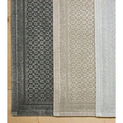 Zweifarbig eingefärbter Vorleger aus Baumwolle im Vintage Look.