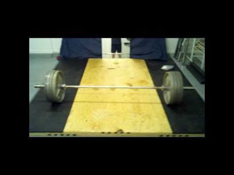 ▶ How to Build a Weightlifting Platform - YouTube